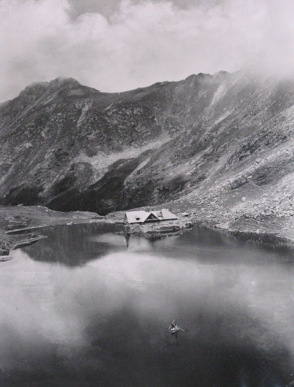 Copyright Alpin Photo Festival 2016, Predeal, Cabana noua Balea Lac, 1950