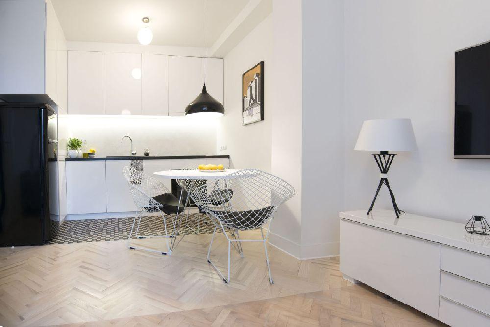 adelaparvu.com despre amenajare apartament 2 camere, 38 mp, designer Katarzyna Dziurdzia (2)