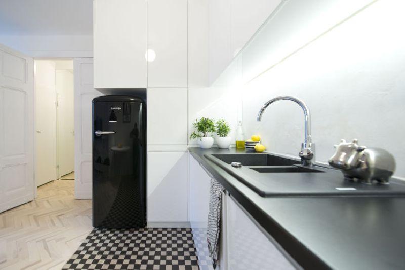 adelaparvu.com despre amenajare apartament 2 camere, 38 mp, designer Katarzyna Dziurdzia (6)