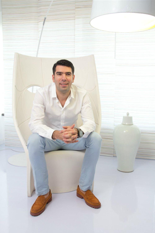 Designerul Hamid Nicola Katrib