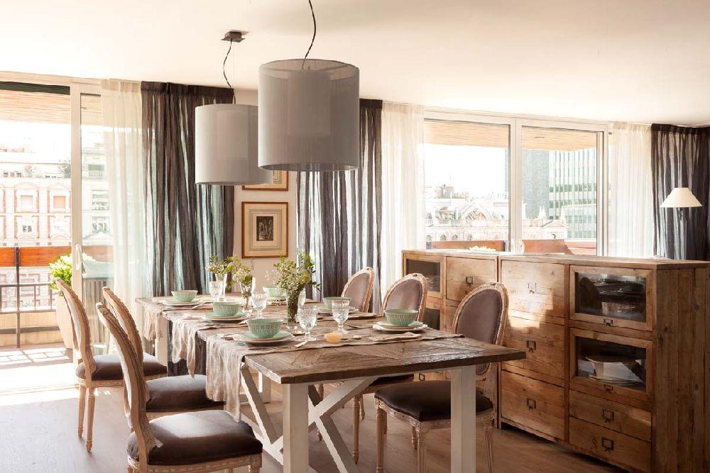 adelaparvu.com despre apartament cu camere separate de usi glisante, designer Pia Capdevila, Foto ElMueble (1)