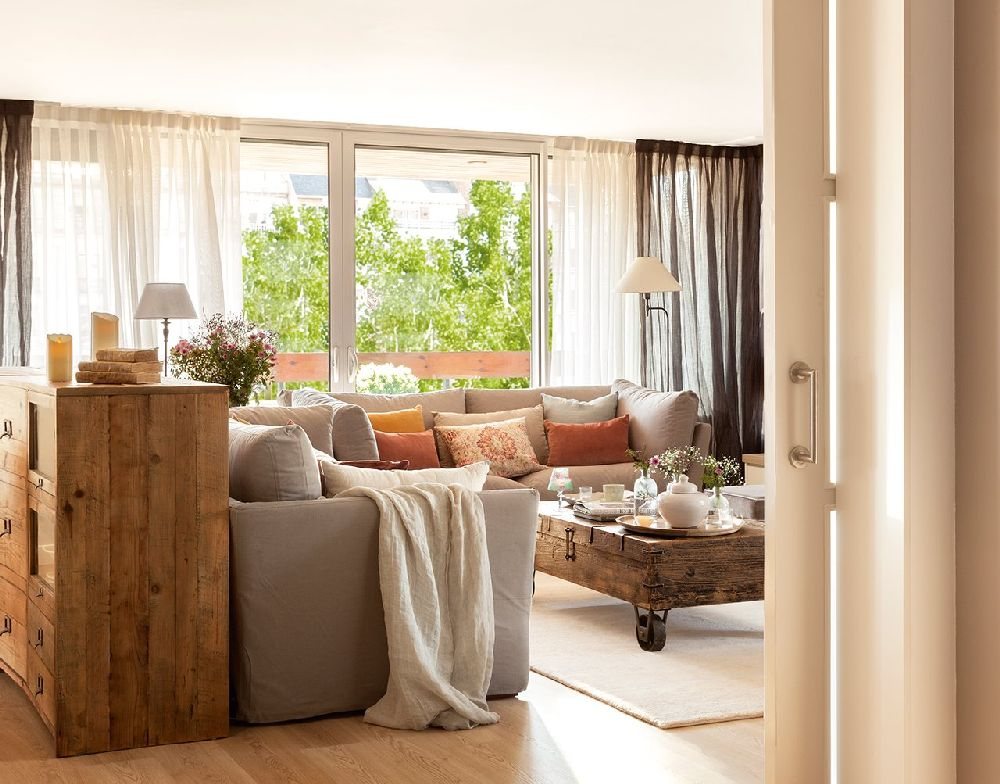 adelaparvu.com despre apartament cu camere separate de usi glisante, designer Pia Capdevila, Foto ElMueble (14)