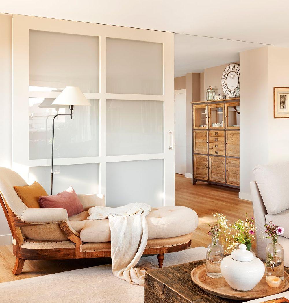 adelaparvu.com despre apartament cu camere separate de usi glisante, designer Pia Capdevila, Foto ElMueble (15)
