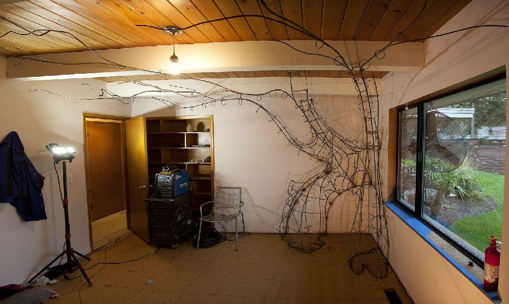 adelaparvu.com despre camera de copil transformata, constructia unui copac, Foto Rob Adams (5)