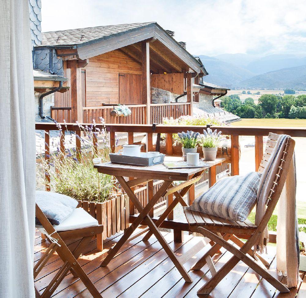 adelaparvu.com despre casa mica de vacanta la munte, design interior proprietara Victoria Villa, Foto ElMueble (11)