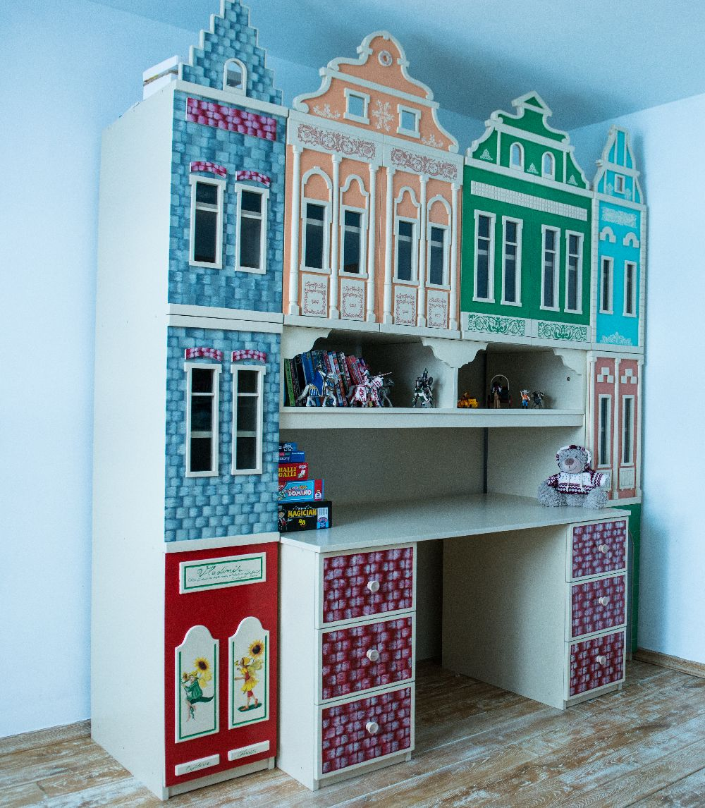 adelaparvu.com despre mobila din lemn pictata, artist Cristina Moldovan, Pictural Decor, Foto Gerry Husti (14)