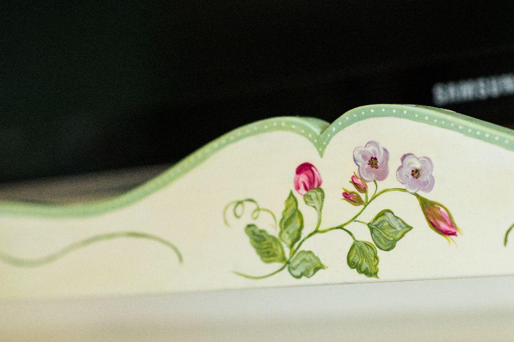 adelaparvu.com despre mobila din lemn pictata, artist Cristina Moldovan, Pictural Decor, Foto Gerry Husti (15)