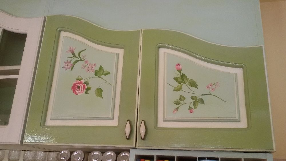 adelaparvu.com despre mobila din lemn pictata, artist Cristina Moldovan, Pictural Decor, Foto Gerry Husti (3)