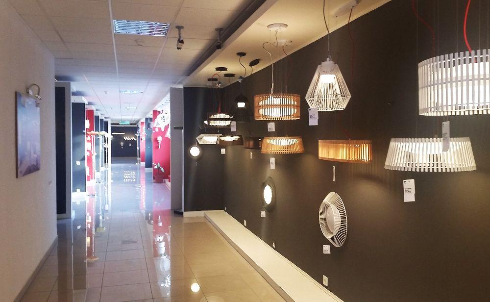 adelaparvu.com despre showroom corpuri de iluminat pe stoc, Eglo Romania (11)