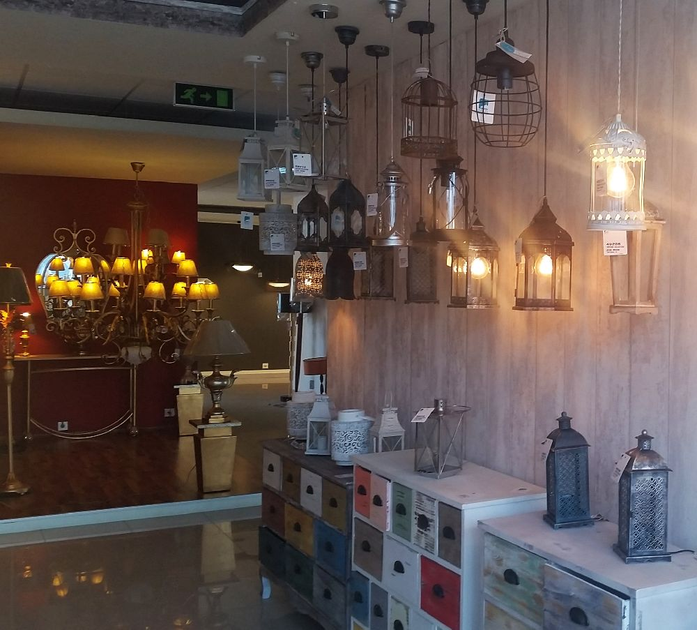 adelaparvu.com despre showroom corpuri de iluminat pe stoc, Eglo Romania (16)
