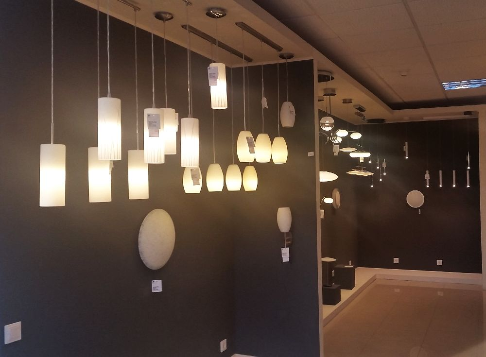 adelaparvu.com despre showroom corpuri de iluminat pe stoc, Eglo Romania (21)