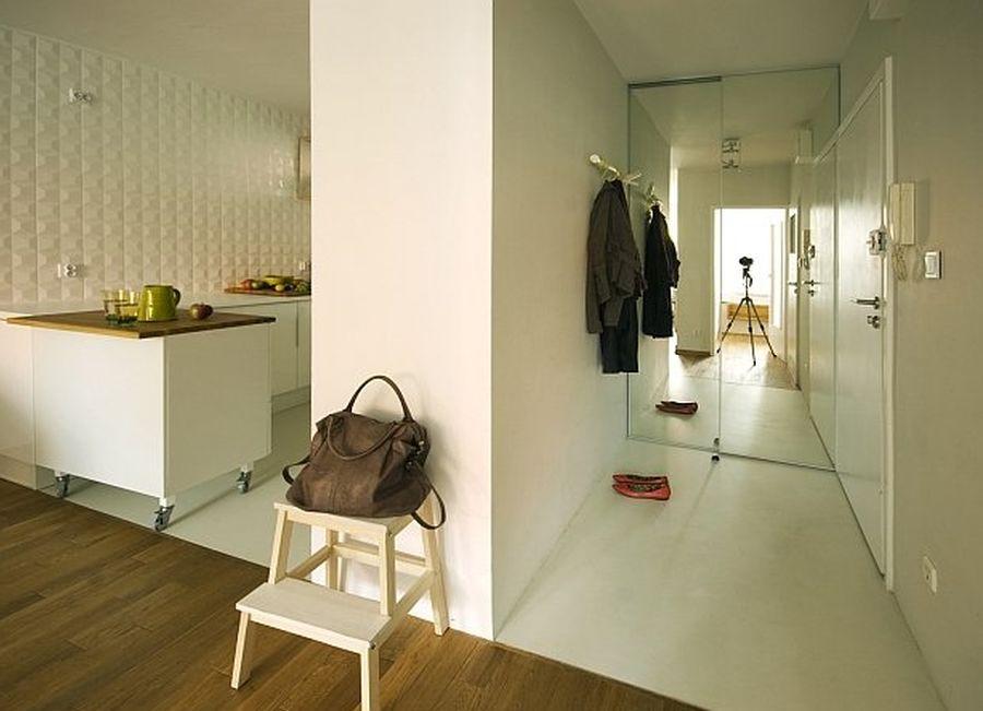 adelaparvu.com despre apartament 41 mp cu doua paturi matrimoniale, design interior arh Daria Pietryka (10)