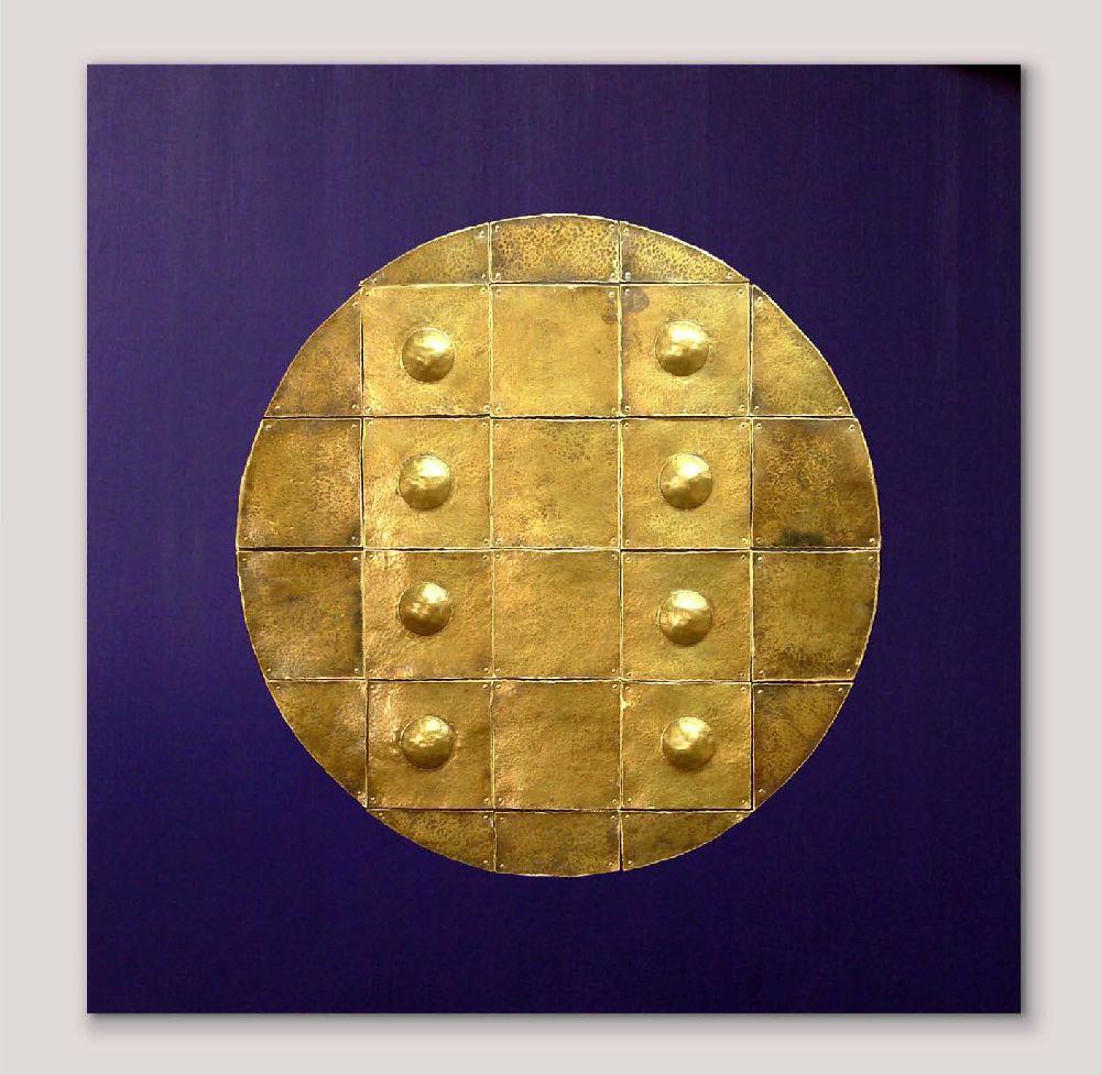 Hellene Diana Neagu, lucrare Imperial Turtle, 80x80x3,5 cm, lemn si alama