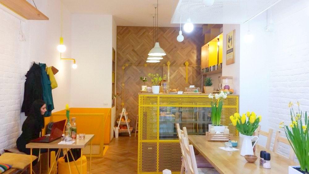 adelaparvu.com despre cafeneaua Arome, Bucuresti, design interior Silvia Diaconu, Bogdan Gogoci (11)