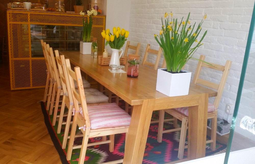 adelaparvu.com despre cafeneaua Arome, Bucuresti, design interior Silvia Diaconu, Bogdan Gogoci (20)