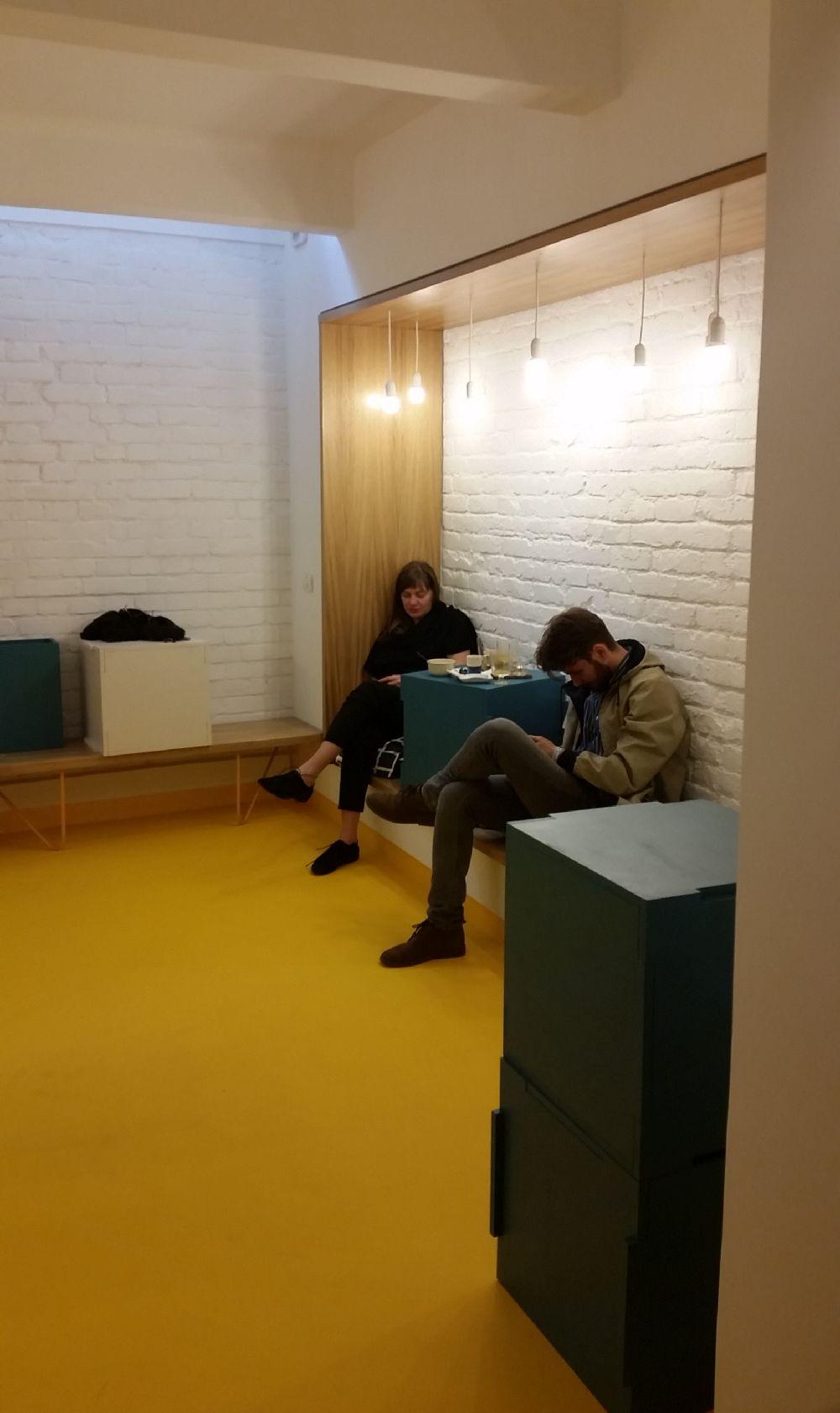 adelaparvu.com despre cafeneaua Arome, Bucuresti, design interior Silvia Diaconu, Bogdan Gogoci (4)