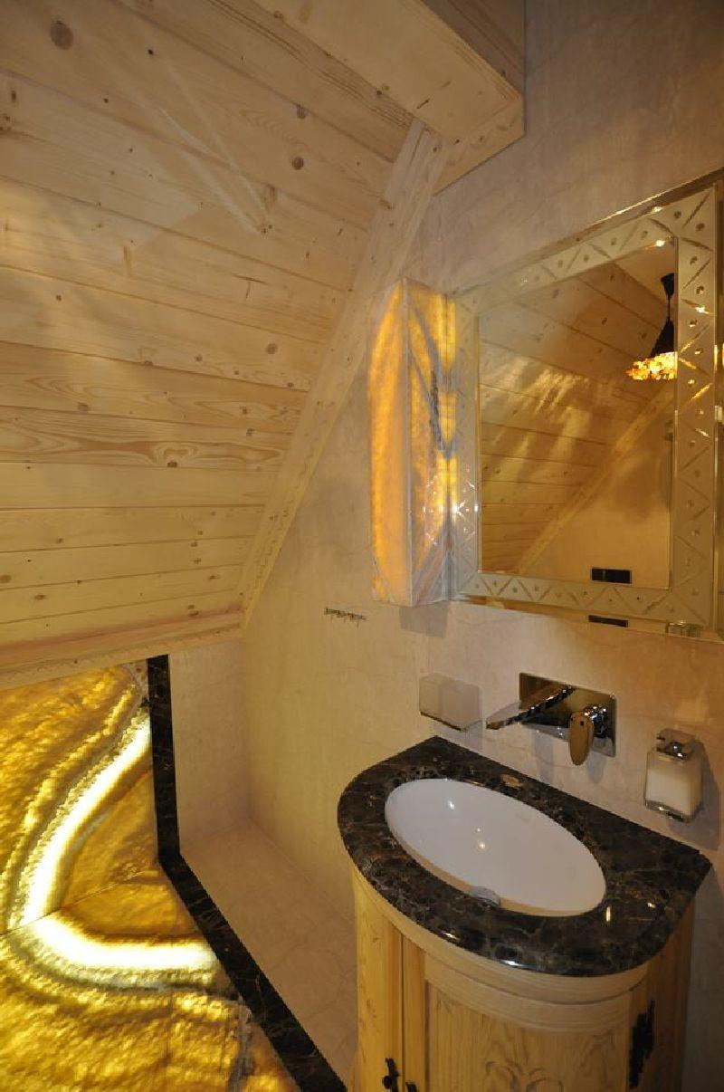 adelaparvu.com despre casa din lemn cu interior folcloric, casa Polonia, design interior Katarzyna Zachariasz-Rybak, k2 Studio (7)