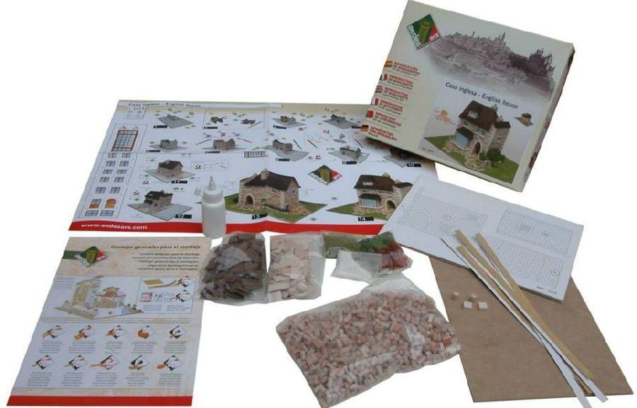 adelaparvu.com despre casa in stil englezesc, casa miniaturala, etape constructie, Atelierul de modelism (4)