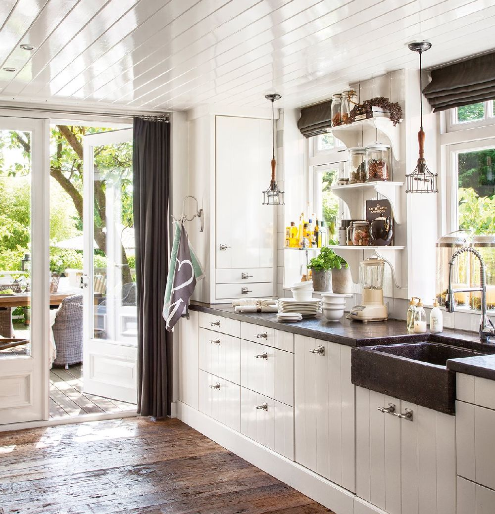 adelaparvu.com despre casa olandeza renovata, design interior Saskia si Henk Teunissen, Riviera Maison, Foto ElMuelbe(1)