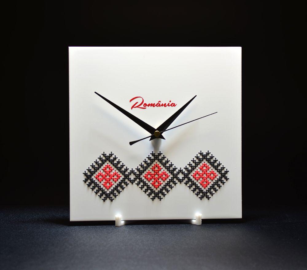 adelaparvu.com despre ceasuri cu motive traditionale romanesti, design Artesis, Gina Bursuc (10)