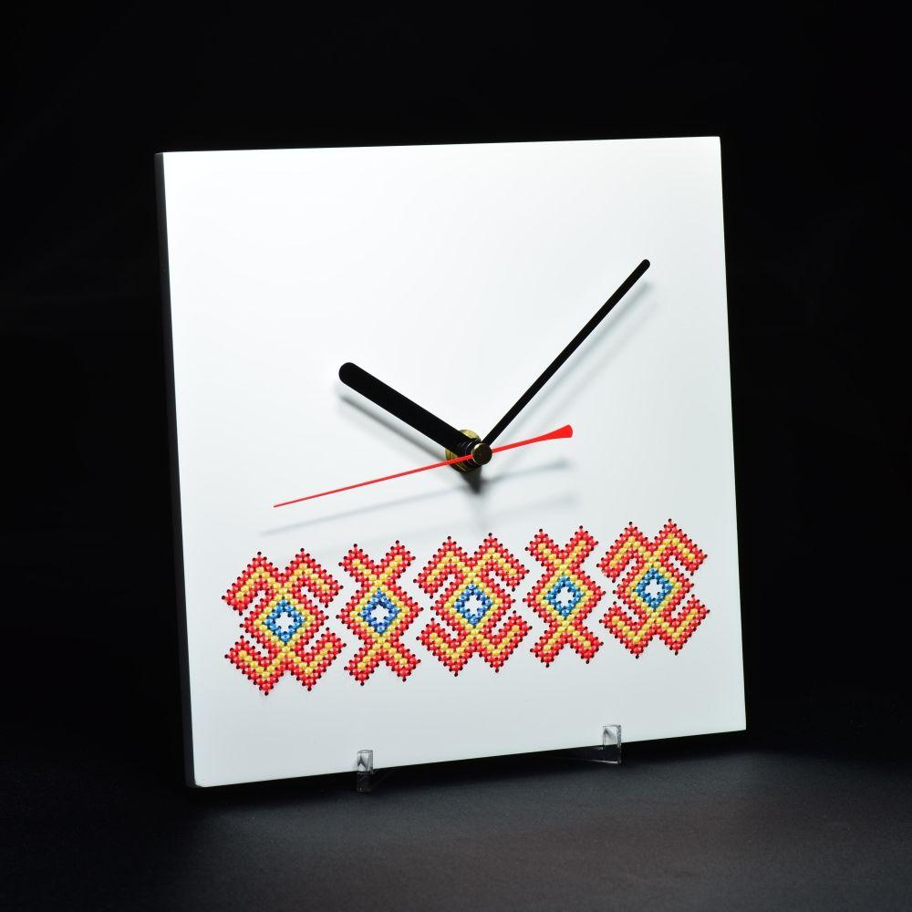 adelaparvu.com despre ceasuri cu motive traditionale romanesti, design Artesis, Gina Bursuc (12)