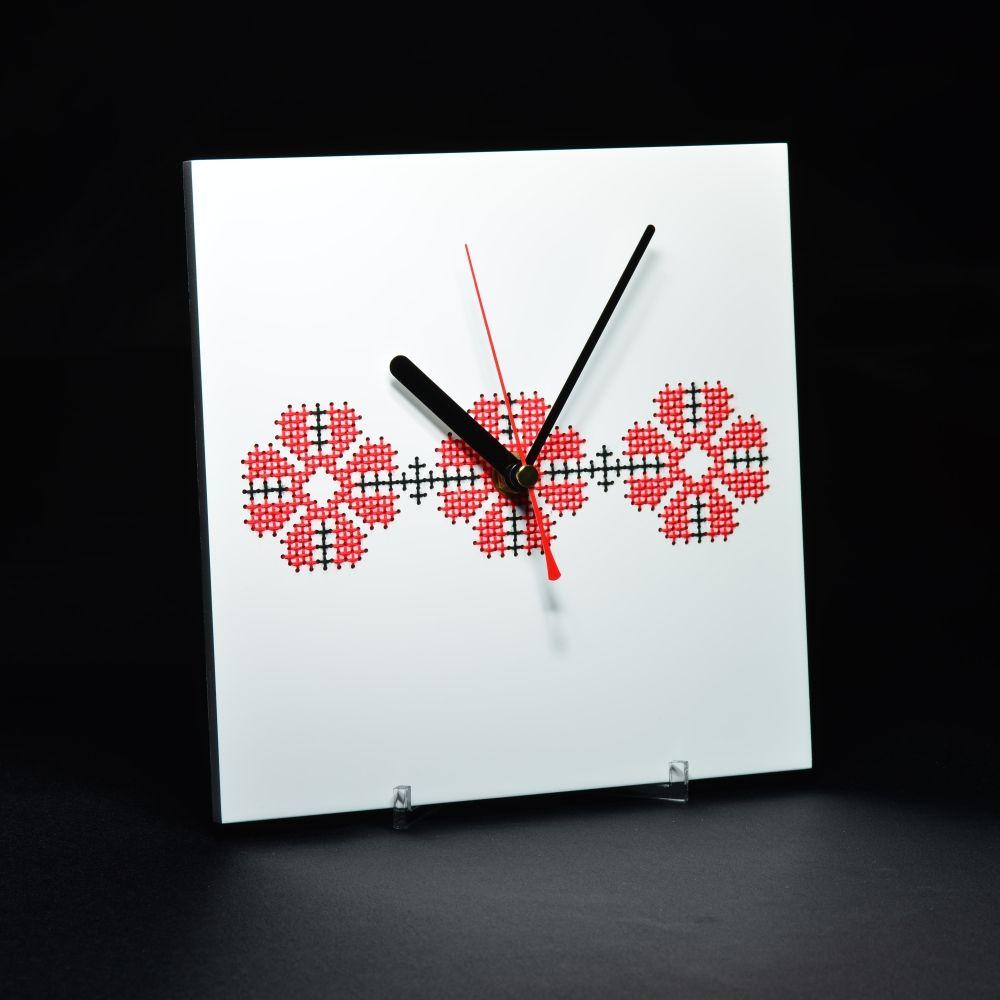 adelaparvu.com despre ceasuri cu motive traditionale romanesti, design Artesis, Gina Bursuc (13)