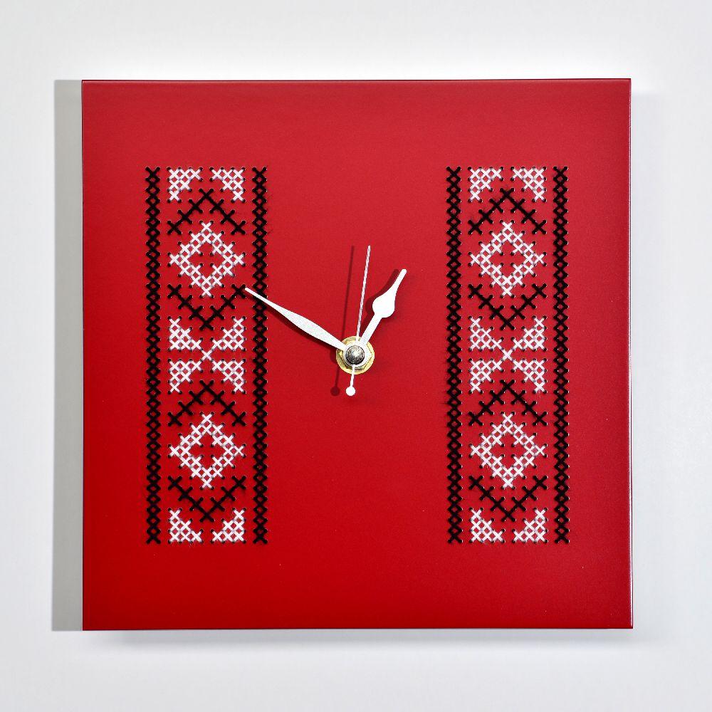 adelaparvu.com despre ceasuri cu motive traditionale romanesti, design Artesis, Gina Bursuc (16)