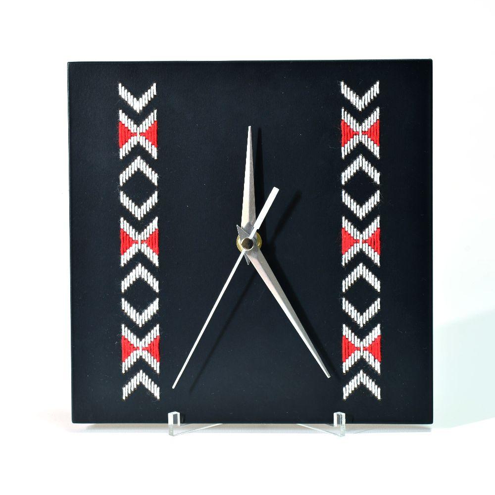 adelaparvu.com despre ceasuri cu motive traditionale romanesti, design Artesis, Gina Bursuc (4)