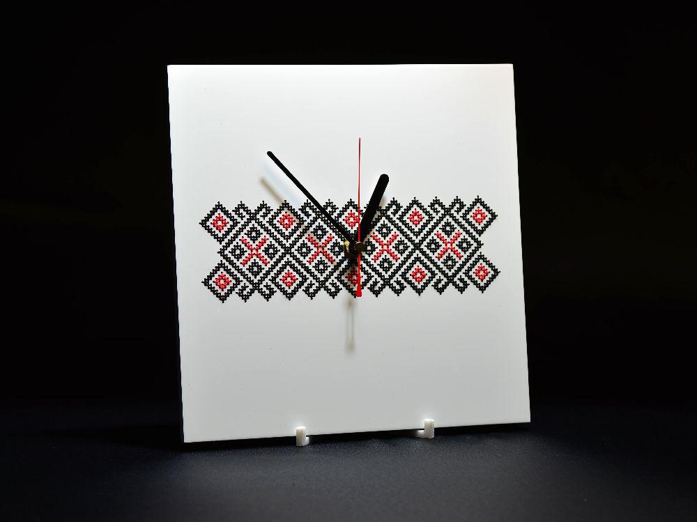 adelaparvu.com despre ceasuri cu motive traditionale romanesti, design Artesis, Gina Bursuc (9)