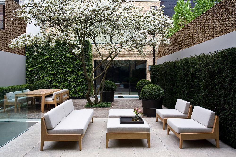 adelaparvu.com despre gradini mici si elegante, Gradina Bedford Gardens, designer Luciano Giubbilei (5)