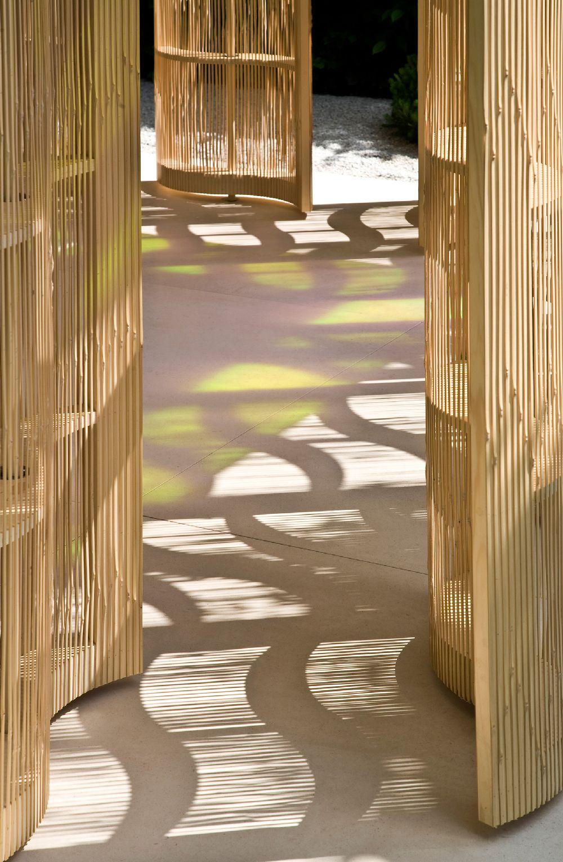adelaparvu.com despre gradini mici si elegante, Gradina Chelsea 2011, designer Luciano Giubbilei (1)