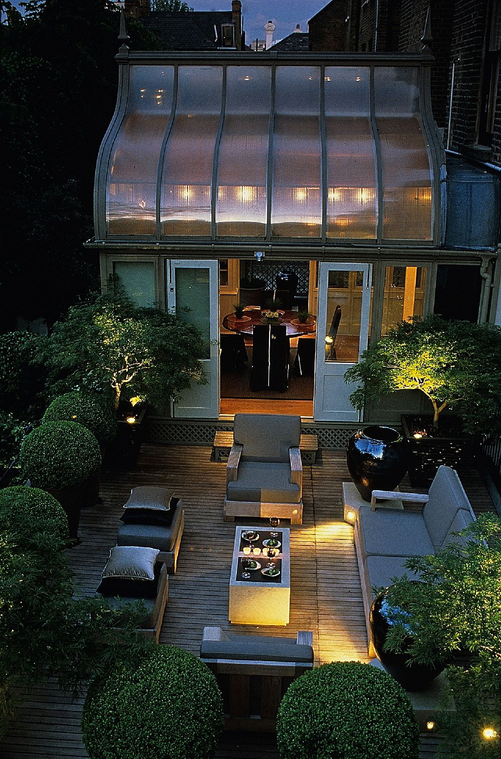 adelaparvu.com despre gradini mici si elegante, Gradina Harcourt Terrace, designer Luciano Giubbilei (1)