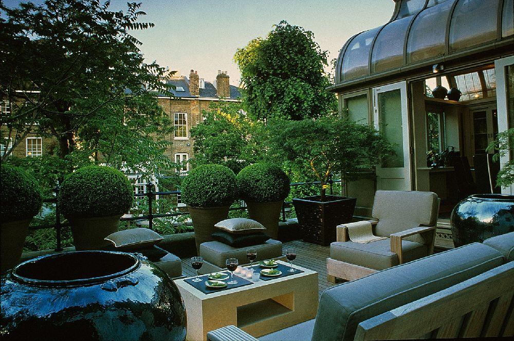 adelaparvu.com despre gradini mici si elegante, Gradina Harcourt Terrace, designer Luciano Giubbilei (2)