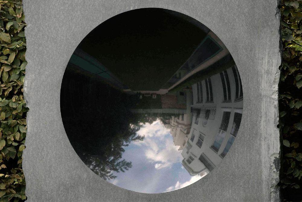 adelaparvu.com despre gradini mici si elegante, Gradina Holland Park, designer Luciano Giubbilei (2)