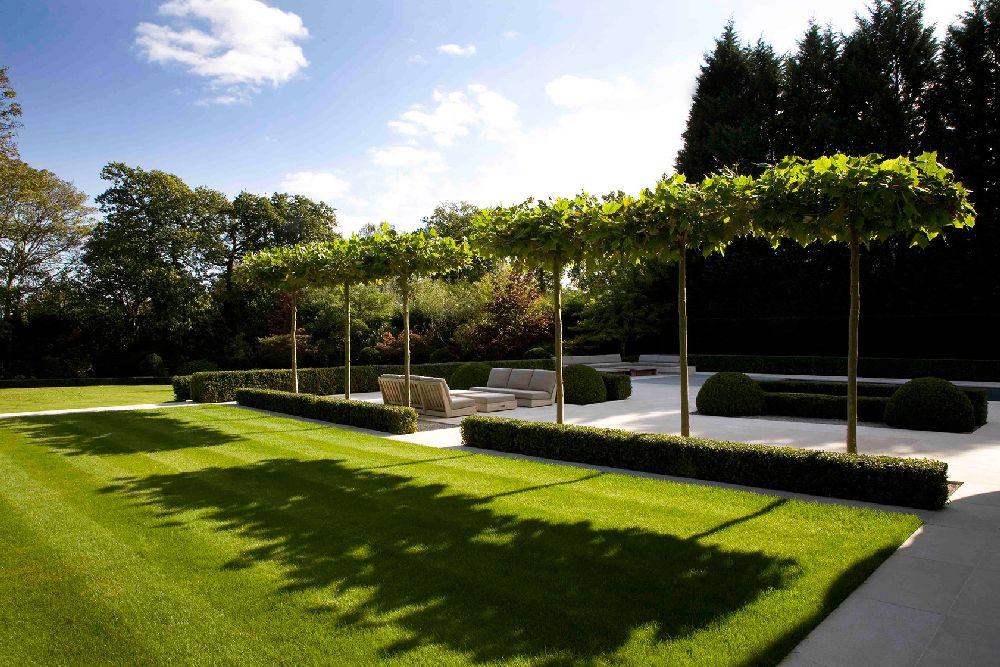 adelaparvu.com despre gradini mici si elegante, Gradina Wentworth, designer Luciano Giubbilei (1)