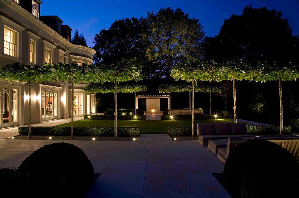 adelaparvu.com despre gradini mici si elegante, Gradina Wentworth, designer Luciano Giubbilei (3)