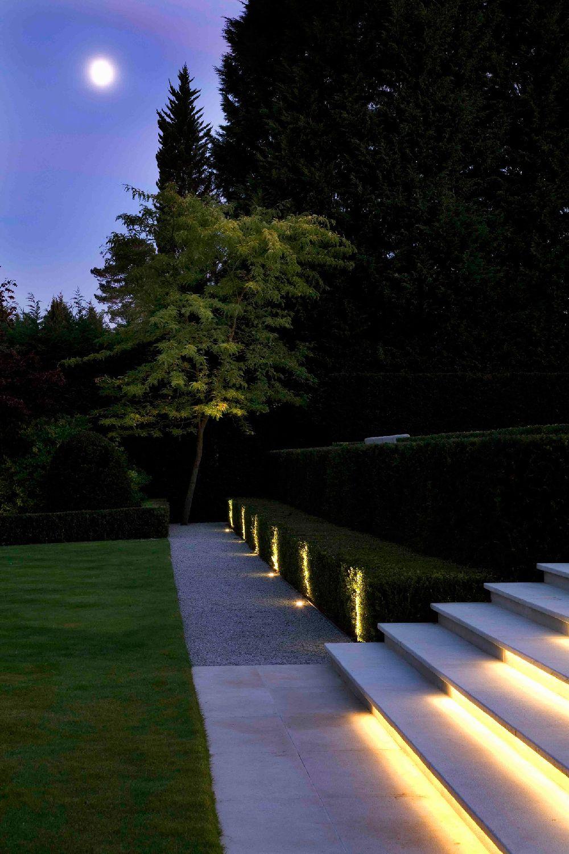 adelaparvu.com despre gradini mici si elegante, Gradina Wentworth, designer Luciano Giubbilei (4)