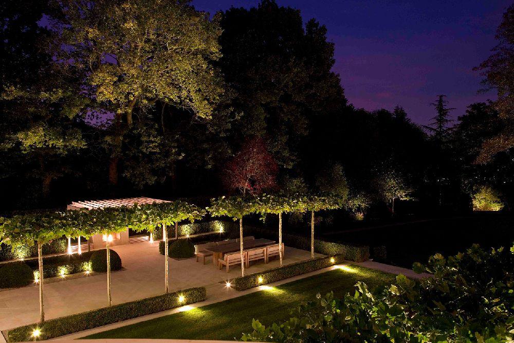adelaparvu.com despre gradini mici si elegante, Gradina Wentworth, designer Luciano Giubbilei (5)