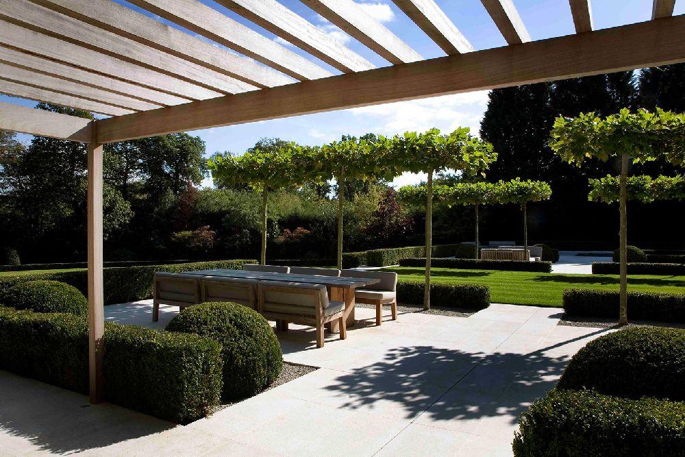 adelaparvu.com despre gradini mici si elegante, Gradina Wentworth, designer Luciano Giubbilei (6)