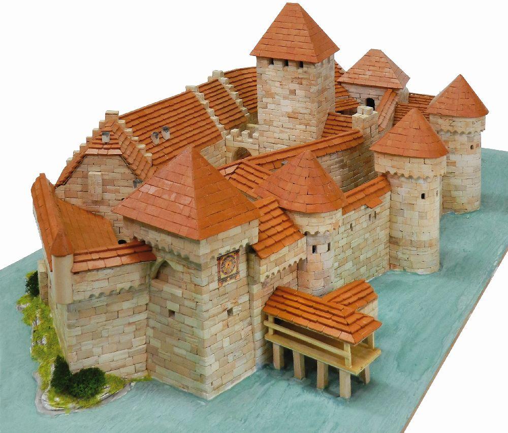 adelaparvu.com despre kituri de constructie, castelul Chateau de Chillon, Atelierul de Modelism