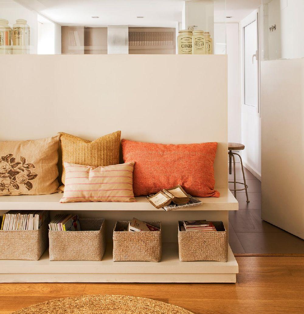 adelaparvu.com despre locuinta cu accente clasice si cu mobila la comanda, designer Cristina Perez, Foto ElMueble (1)