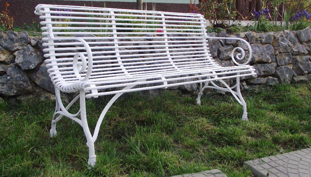 adelaparvu.com despre mobilier si chioscuri gradina, Mobila din Fier, Oradea (2)