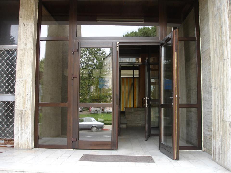 adelaparvu.com despre tamplarie din lemn stratificat, tamplaria Ianici, Calarasi (3)