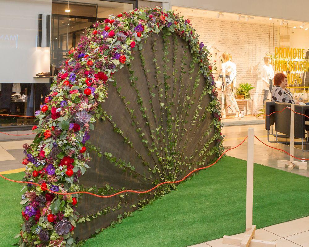 adelaparvu.com despre Floral Expo la Sun Plaza aprilie 2016, design floral Alexandru Dadoo, Maison Dadoo (2)