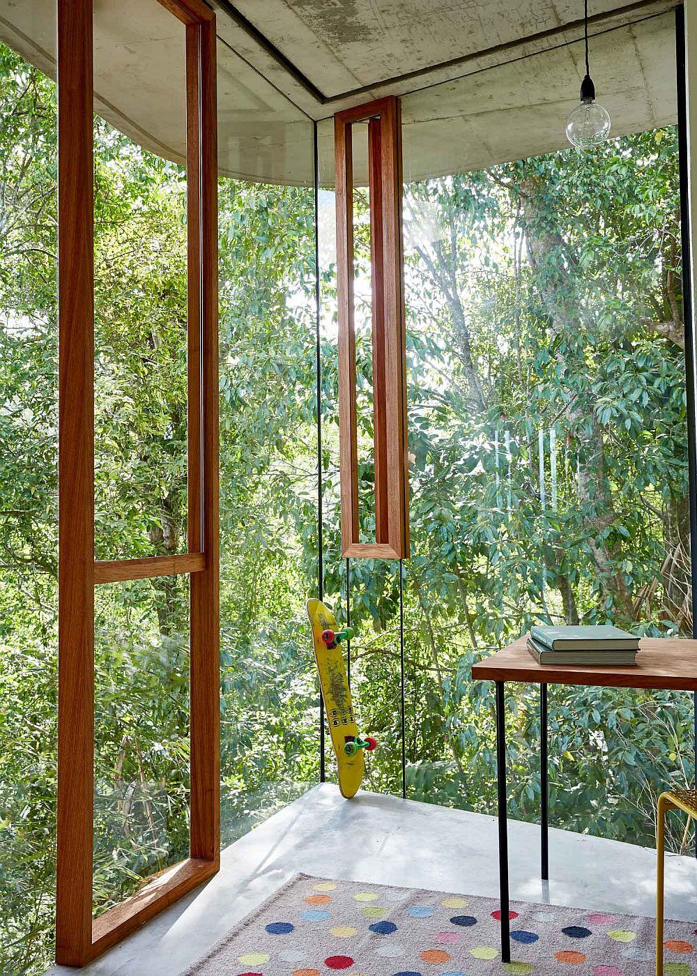 adelaparvu.com despre casa din beton si sticla, Planchonella House, arhitect Jesse Bennet, Foto Sean Fennessy (34)