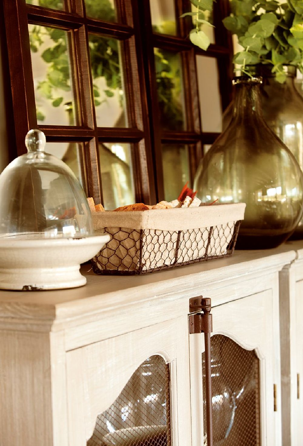 adelaparvu.com despre casa din lemn cu ferestre catre peisaj, design interior Marta Tobella, Sacum Studio, Foto ElMuelbe (1)