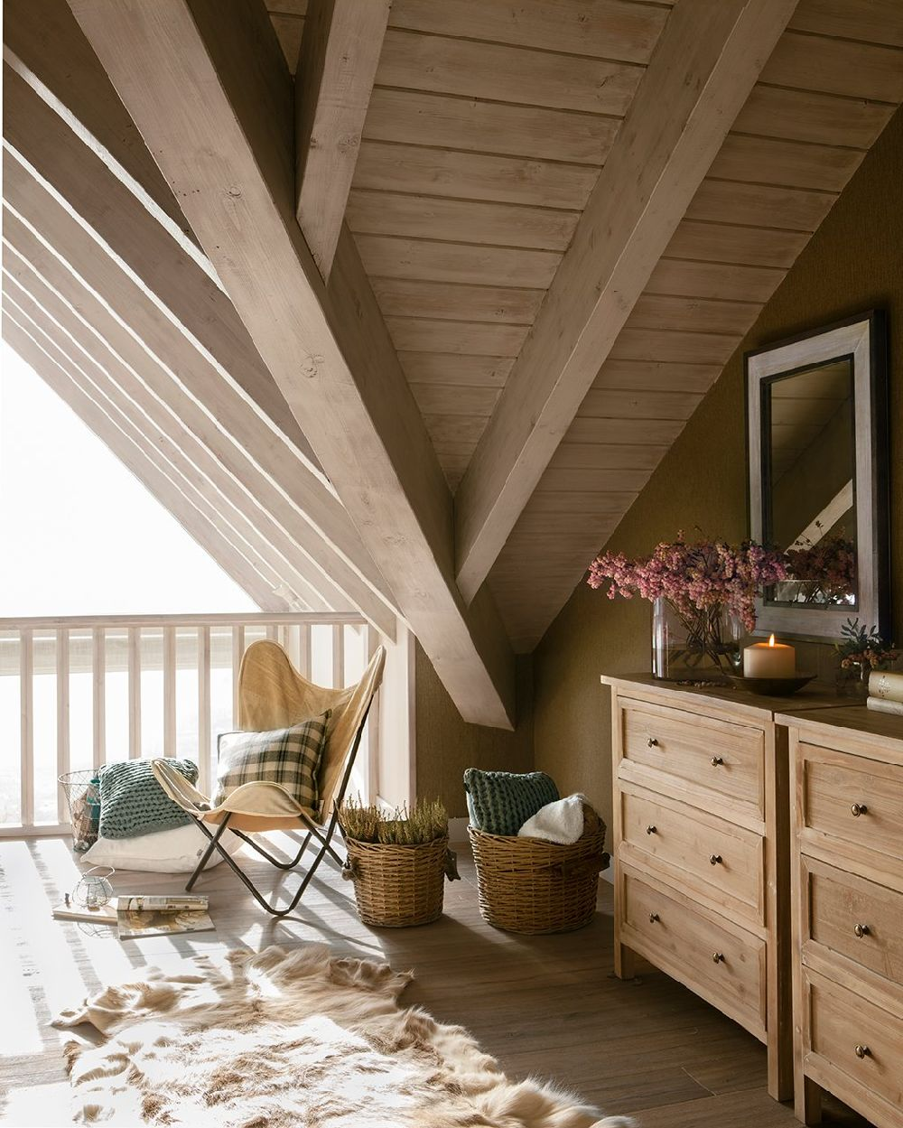 adelaparvu.com despre casa din lemn cu ferestre catre peisaj, design interior Marta Tobella, Sacum Studio, Foto ElMuelbe (12)