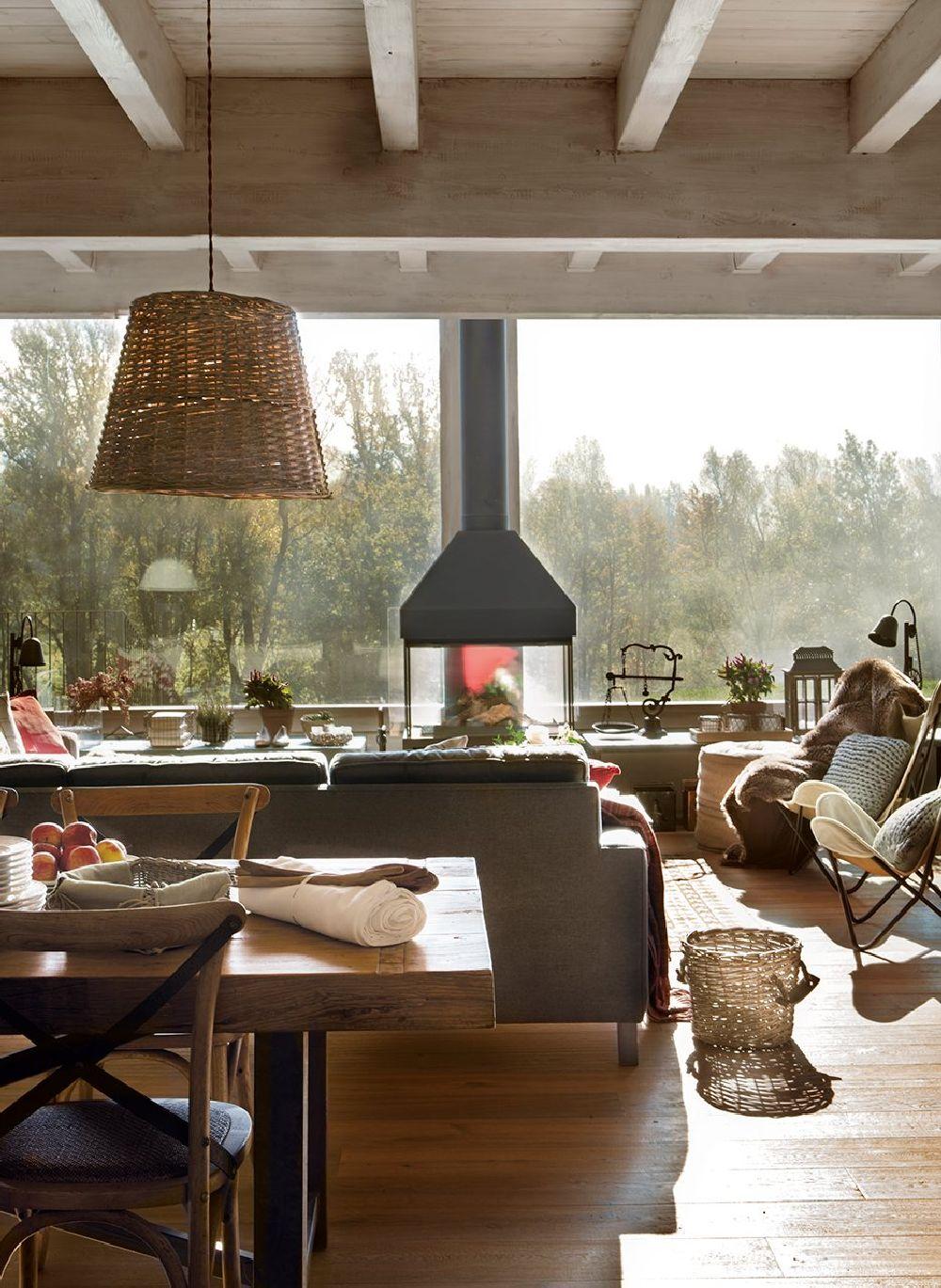 adelaparvu.com despre casa din lemn cu ferestre catre peisaj, design interior Marta Tobella, Sacum Studio, Foto ElMuelbe (13)