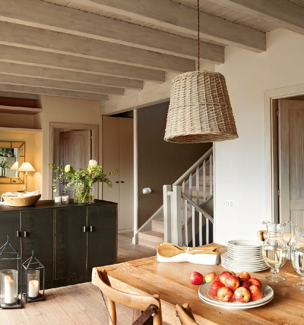 adelaparvu.com despre casa din lemn cu ferestre catre peisaj, design interior Marta Tobella, Sacum Studio, Foto ElMuelbe (3)
