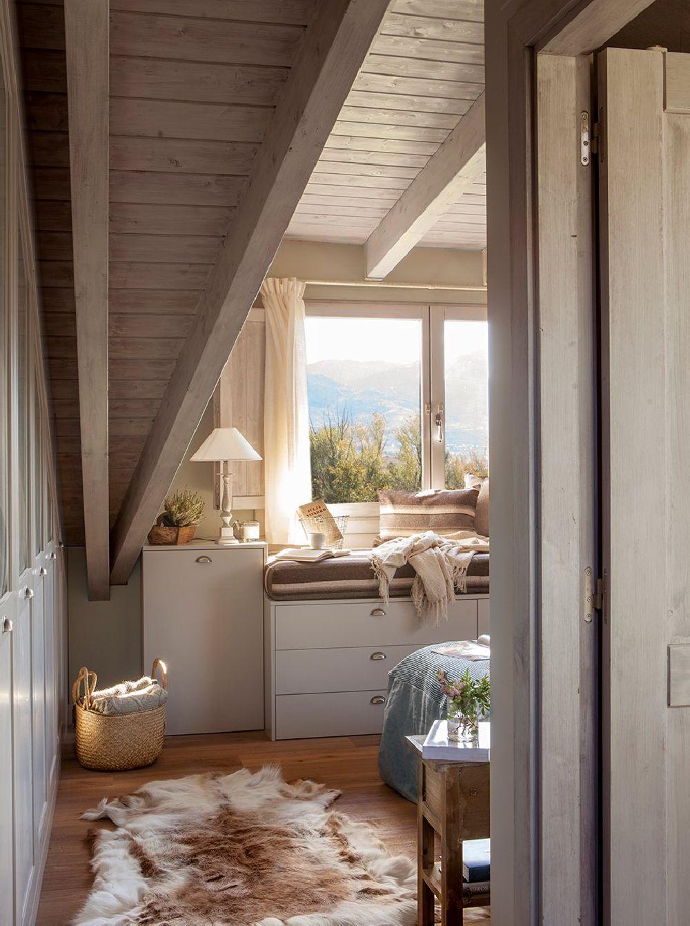 adelaparvu.com despre casa din lemn cu ferestre catre peisaj, design interior Marta Tobella, Sacum Studio, Foto ElMuelbe (9)